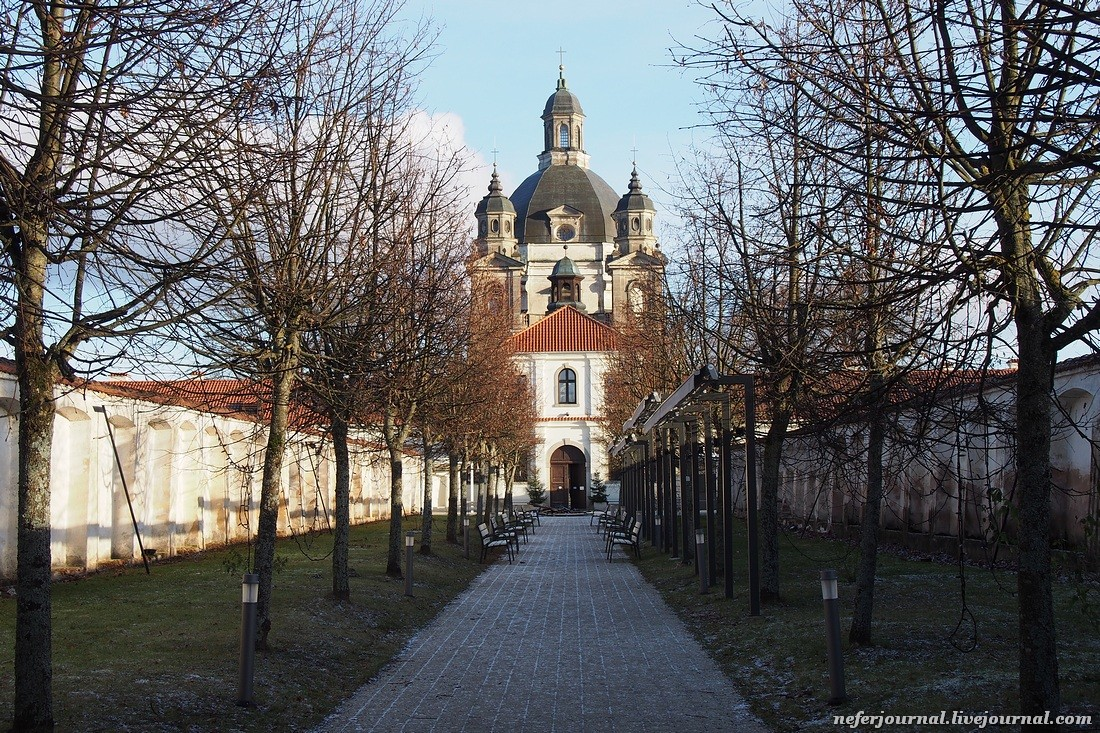 Итальянское барокко в Каунасе. Пажайслисский монастырь.
