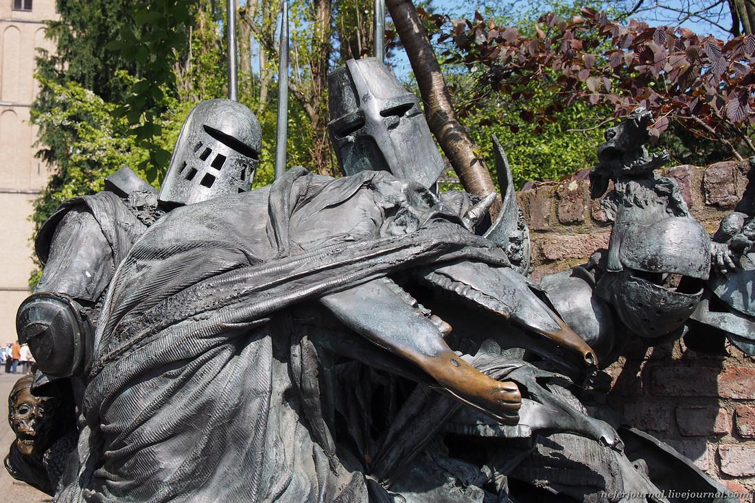 Памятники и скульптуры Дюссельдорфа