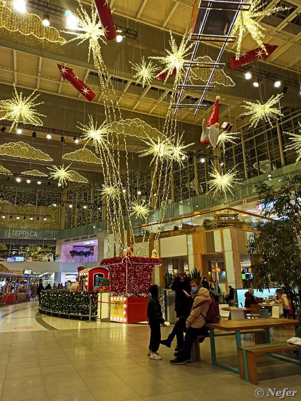 Новогодний дизайн торговых центров redminote8pro