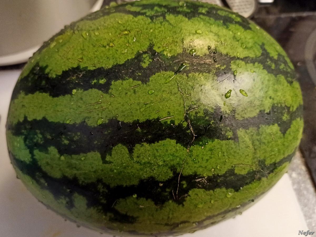 Сам алый, сахарный, а кафтан зеленый, бархатный metro-cc,redminote8pro