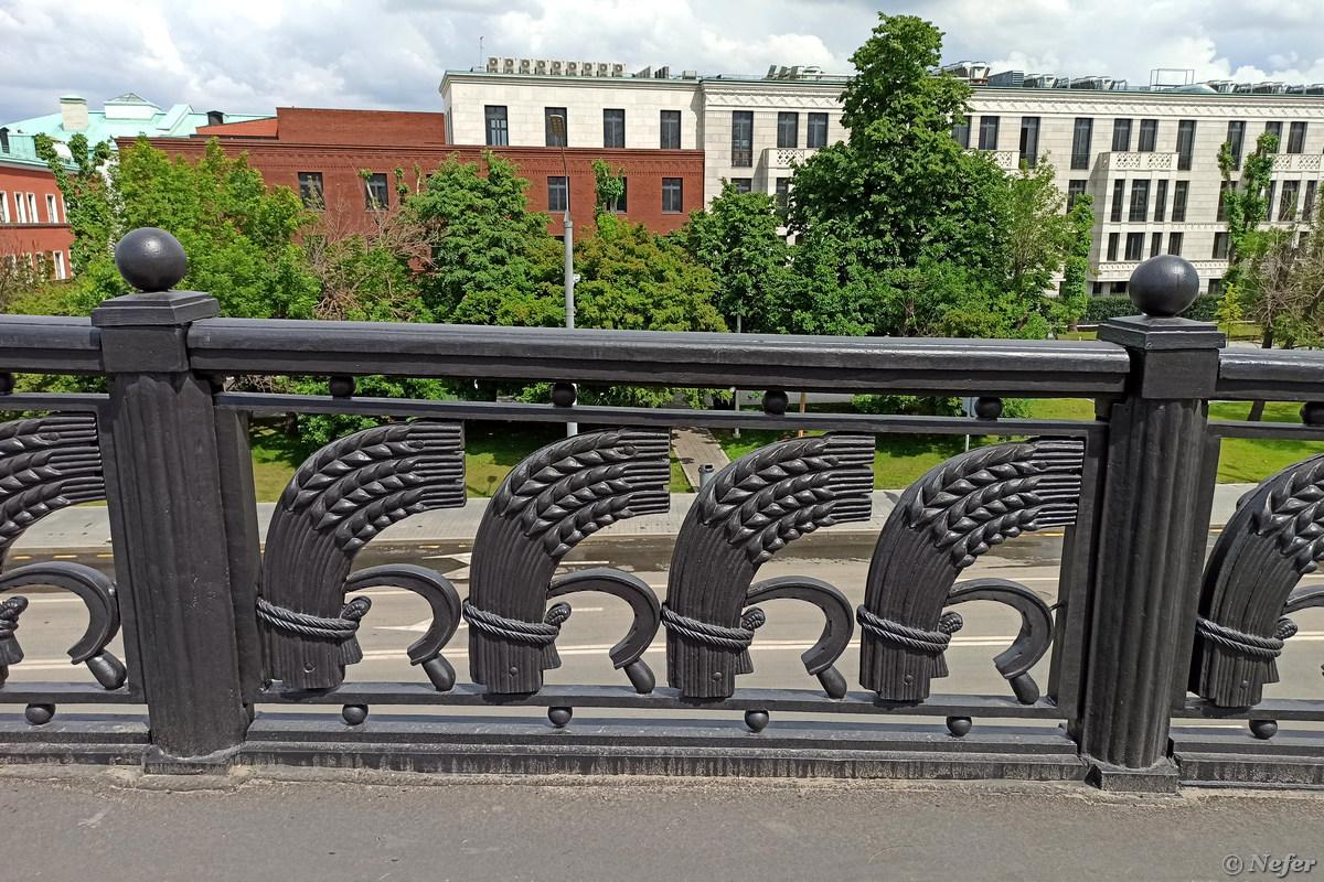 Большой Каменный мост, ремонт, пробки